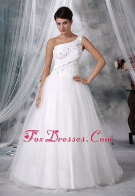 Popular One Shoulder Beaded Wedding Dress For 2013