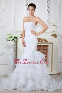 Popular Mermaid Strapless Court Applqiues Wedding Dress