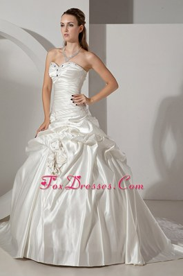 Sweetheart Popular A-line Wedding Dress Chapel Beading
