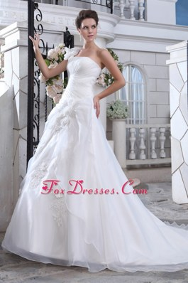 Court Ruch Flowers Popular Wedding Dress One Shoulder