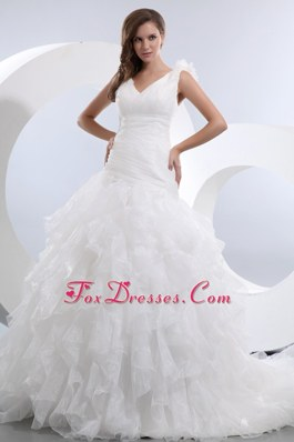 Popular V-neck Brush Ruffles Ruch Wedding Dress A-line