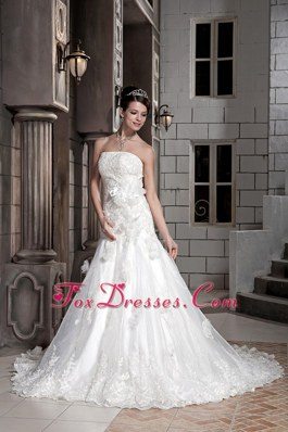 A-line Chapel Lace Flowers Popular Wedding Dress