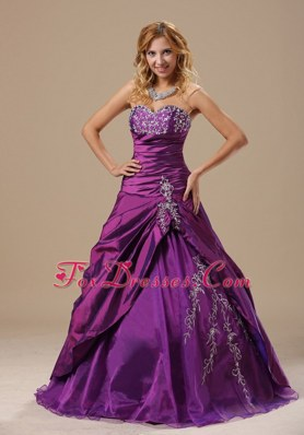 Purple Appliques Ruched Prom Dress Sweetheart