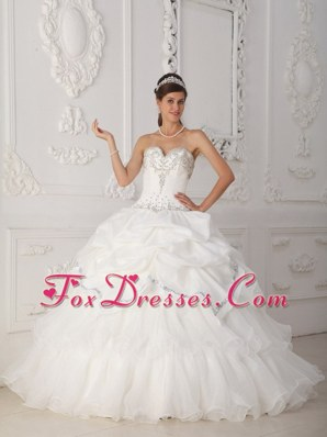 White Beading Quinceanera Dress Sweetheart for Sweet Sixteen