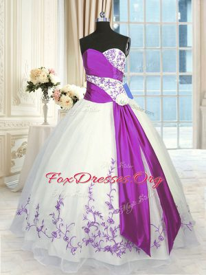Amazing White And Purple Ball Gowns Sweetheart Sleeveless Organza Floor Length Lace Up Embroidery and Sashes ribbons 15 Quinceanera Dress