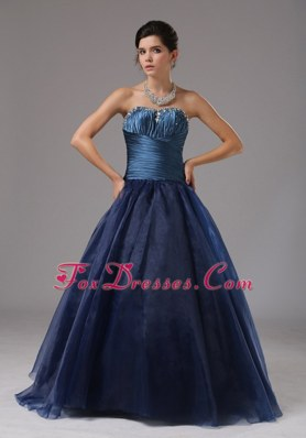 Ruching A-line Navy Blue Strapless 2013 Prom Gown