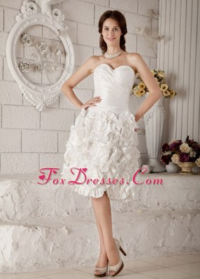 New Sweetheart Knee-length Ruffles Wedding Dress