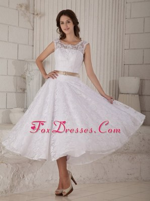 Elegant Princess Scoop Tea-length Wedding Dress Lace