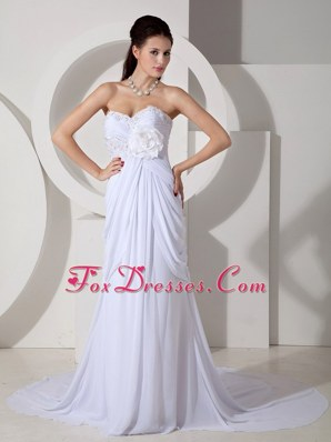 Unique Empire Sweetheart Chiffon Bridal Dress