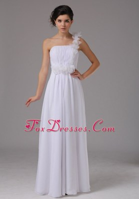 Hand Made Flowers One Shoulder Simple Wedding Dress