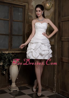 2013 Beach Taffeta Ruch and Pick-ups Bridal Wedding Dress