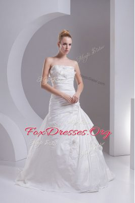 Taffeta Strapless Sleeveless Brush Train Side Zipper Hand Made Flower Wedding Dresses in White