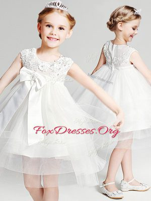 Custom Fit White Tulle Zipper Scoop Sleeveless Knee Length Flower Girl Dresses Appliques and Bowknot
