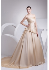 Appliques A-Line Strapless Chapel Train Wedding Dress with Champagne