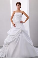 Strapless Pick-ups Appliques Wedding Dress Gown Taffeta