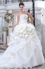 Pick-ups A-line Chapel Wedding Dress 2013 Beading Appliques