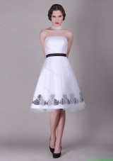 2016 A Line Strapless Appliques Prom Dresses with Belt