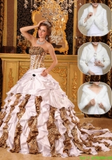 2016 Fashionable White Designer Quinceanera Gowns with Beading and Ruffles