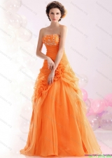2015 Luxurious Strapless Orange Red Bridesmaid Dresses with Hand Made Flowers and Beading