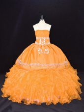 High Quality Sleeveless Organza Floor Length Lace Up Ball Gown Prom Dress in Gold with Embroidery and Ruffles
