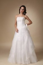 Simple A-line Strapless Satin Organza Appliques Wedding Dress