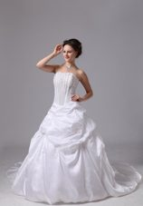 Taffeta Bridal Wedding Dress Chapel Train Pick-ups and Appliques