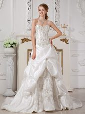 A-line Wedding Dress Sweetheart Taffeta Appliques Court Train