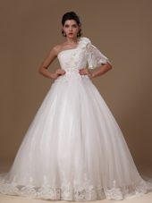 One Shoulder One Sleeve Bridal Wedding Gown Court Train Tulle