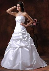 Custom Made Strapless White A-line Wedding Dress Pick-ups
