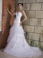 Popular Sweetheart Chapel Train Ruch and Beading Bridal Dress