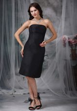 Black Short Satin Ruched Bridesmaid Dresses for Wedding Guests