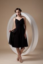 Spaghetti Straps Short Chiffon Ruched Bow Black Bridesmaid Dress