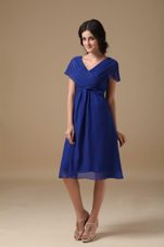V-neck Blue Chiffon Bridesmaid Dresses with Short Sleeves
