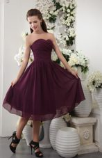 Tea-length Purple Pleated Sweetheart 2013 Bridesmaid Dress