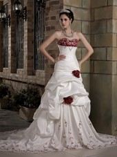 A-line Wedding Dress Sweetheart Chapel Train Taffeta Embroidery