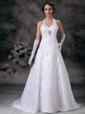 Lace Halter Classic Wedding Dresses 2013 Court Train Beading