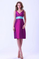 Belt V-neck Knee-length Dama Homecoming Dress