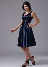 V-neck Ruching Navy Blue Dama Dresses for Quinceanera