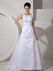 Scoop Court Train Wedding Bridal Gowns 2013 Satin Appliques