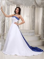 Romantic Satin Embroidery Wedding Dress 2013 Court Train