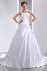 Taffeta Chapel Train Appliques 2013 Ruch Wedding Dress