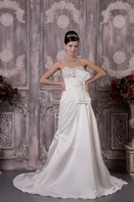 Elegant 2013 Satin Beading Wedding Dress Sweetheart Train