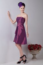 A-line Strapless Knee-length Ruching Homecoming Dress