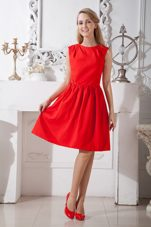 Red A-line Scoop Graduation Homecoming Dresses