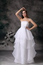 A-line Strapless Wedding Dress Organza Hand Made Flower