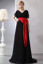 Red and Black PromMaxi Dresses V-neck Brush Train Chiffon