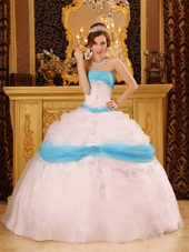Strapless White Appliques Organza Quinceanera Dress