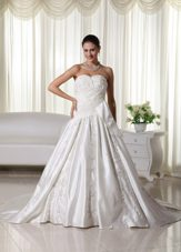 Chapel Train Embroidery Ruched Wedding Dress Bridal Gowns