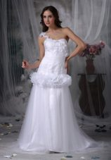One Shoulder Brush Train Hand Made Flowers Wedding Dress
