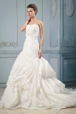 2013 Ball Gown Wedding Dress Court Train Ruched Beading Pick-ups